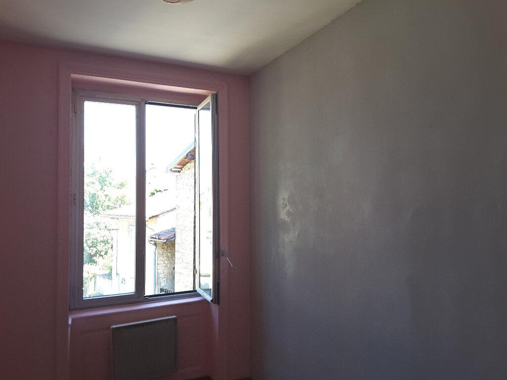 Appartement à louer 3 71.07m2 à Ceyzériat vignette-5