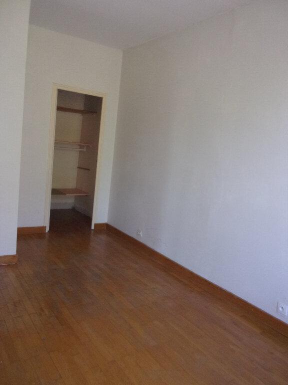 Appartement à louer 3 71.07m2 à Ceyzériat vignette-7