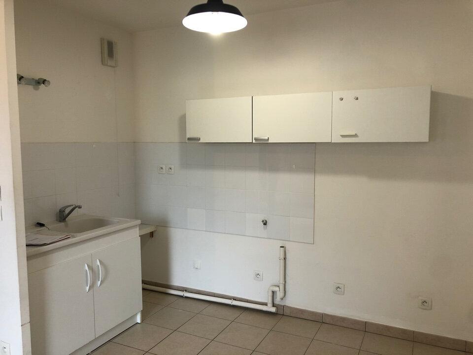 Appartement à louer 2 49m2 à Vonnas vignette-1