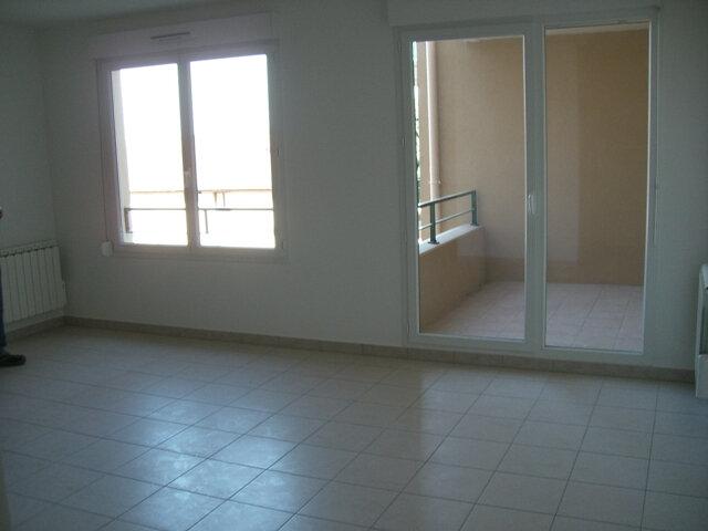 Appartement à louer 2 49m2 à Vonnas vignette-5