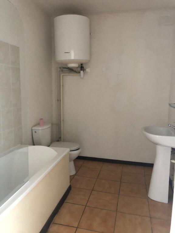 Appartement à louer 2 39.35m2 à Hauteville-Lompnes vignette-3