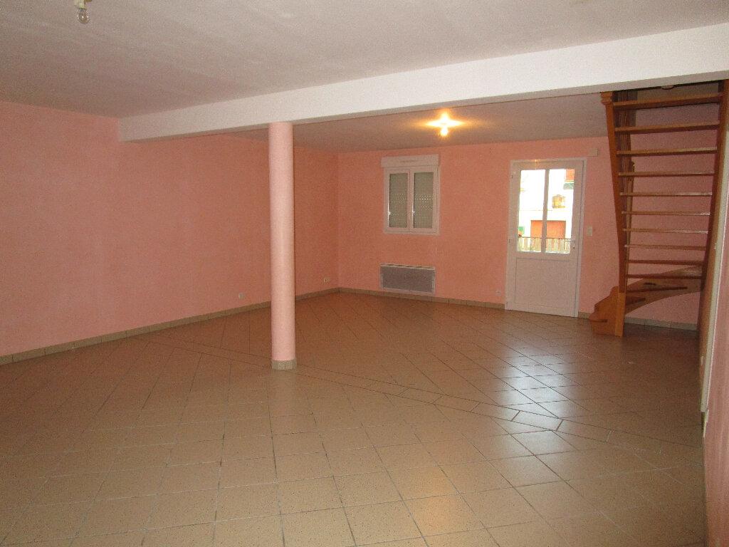 Maison à louer 4 128.75m2 à Saint-Nizier-le-Bouchoux vignette-2