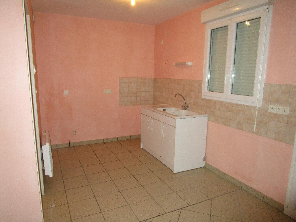 Maison à louer 4 128.75m2 à Saint-Nizier-le-Bouchoux vignette-3