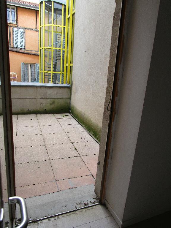Appartement à louer 2 43m2 à Bourg-en-Bresse vignette-3