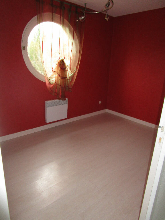 Appartement à louer 3 79m2 à Montrevel-en-Bresse vignette-5