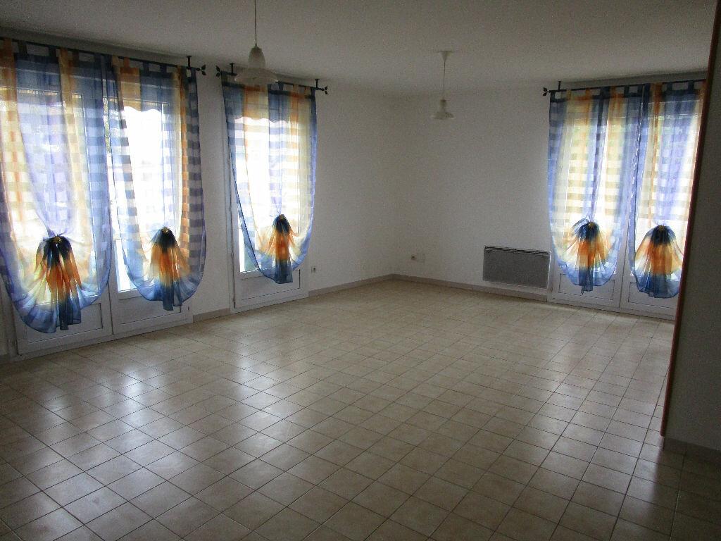 Appartement à louer 3 79m2 à Montrevel-en-Bresse vignette-6