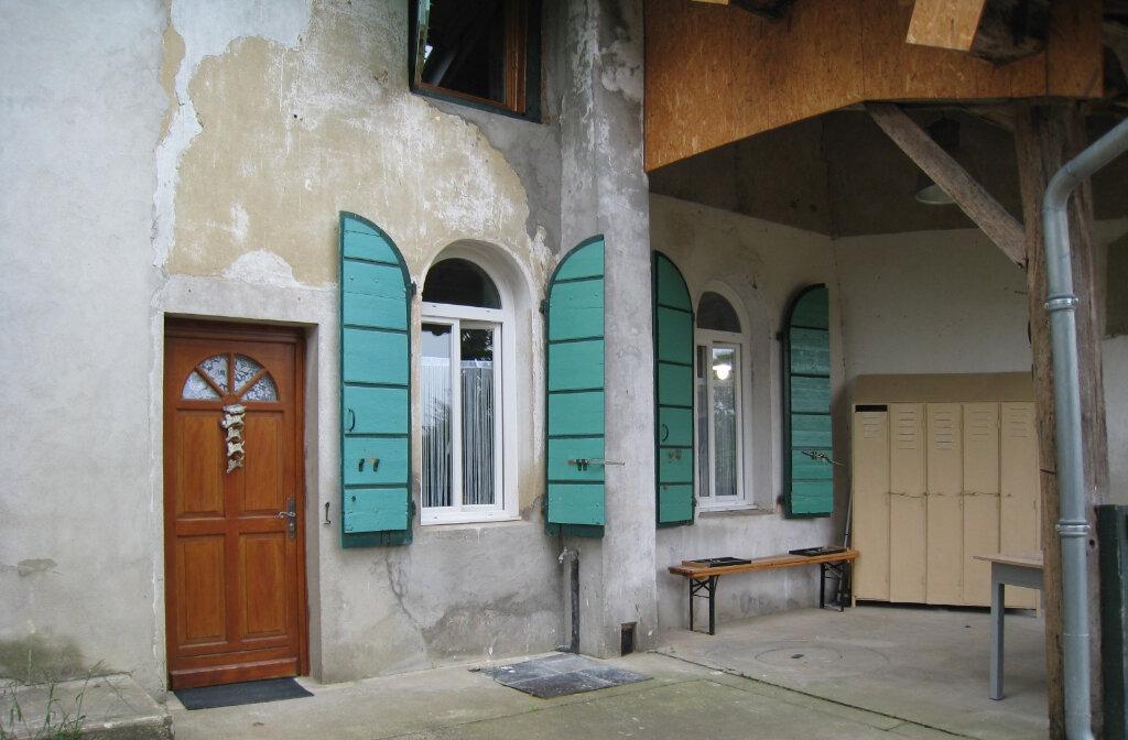 Maison à louer 3 83.74m2 à Pirajoux vignette-1