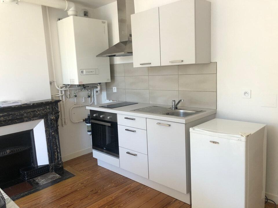 Appartement à louer 2 40m2 à Saint-Amour vignette-3