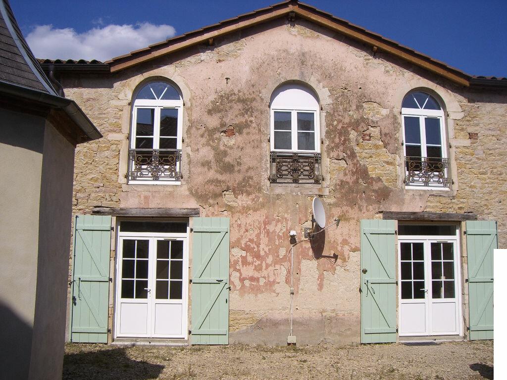 Maison à louer 3 66m2 à Pont-de-Vaux vignette-1
