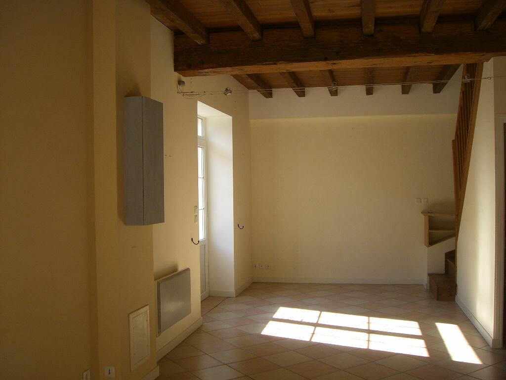 Maison à louer 3 66m2 à Pont-de-Vaux vignette-4