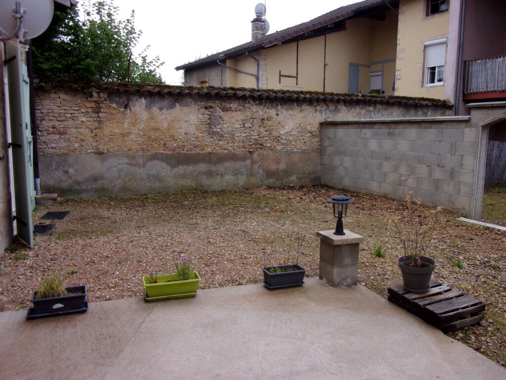 Maison à louer 3 66m2 à Pont-de-Vaux vignette-6