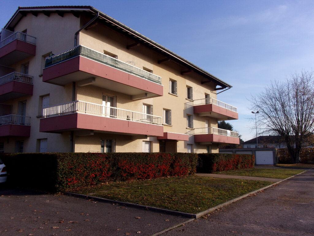 Appartement à louer 2 32.38m2 à Vonnas vignette-1