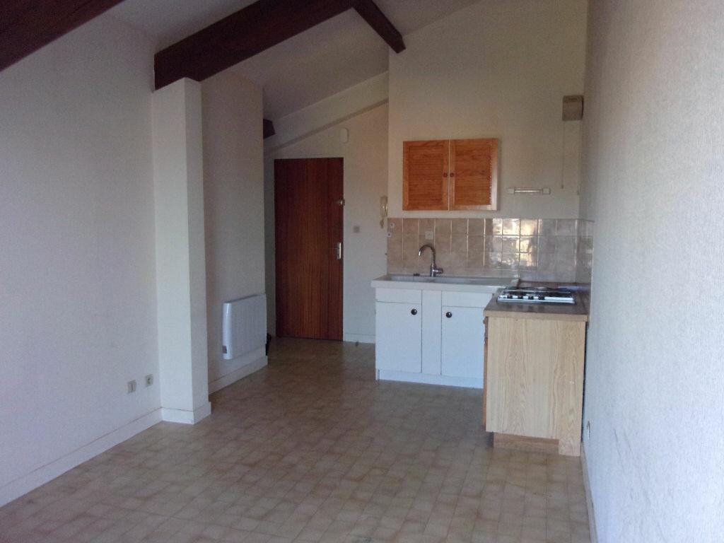 Appartement à louer 2 32.38m2 à Vonnas vignette-2