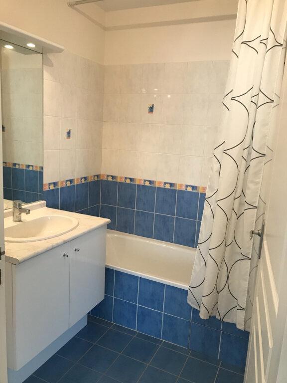 Appartement à louer 2 46.22m2 à Bourg-en-Bresse vignette-4