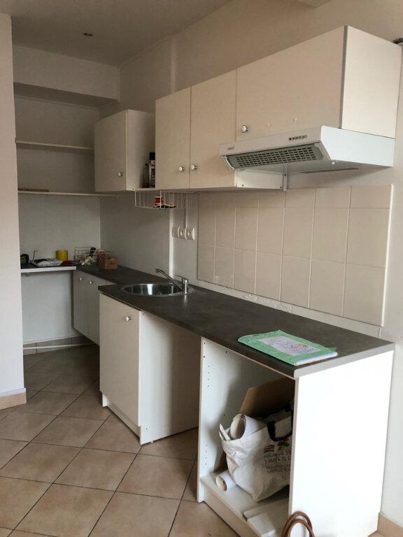Appartement à louer 2 46m2 à Bourg-en-Bresse vignette-1