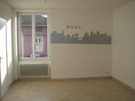Appartement à louer 2 46m2 à Bourg-en-Bresse vignette-4