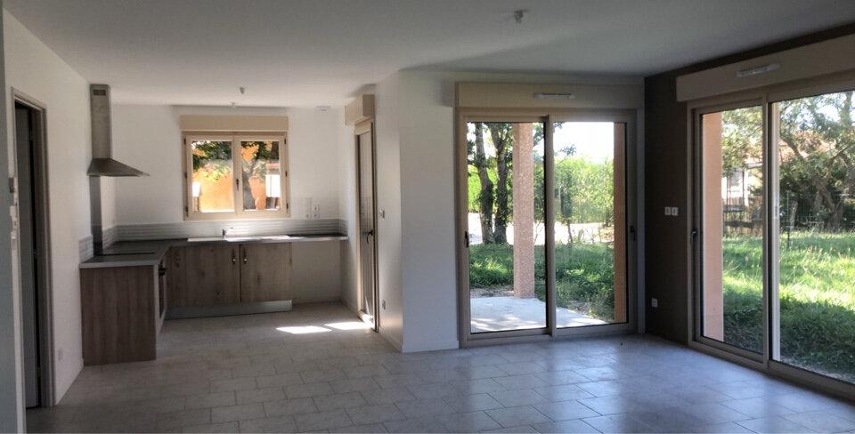 Maison à louer 4 90m2 à Saint-Sulpice vignette-2