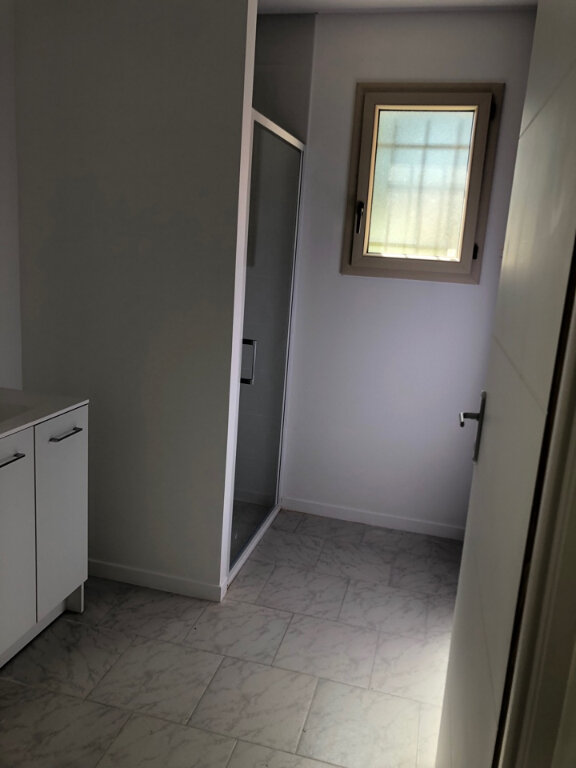 Maison à louer 4 90m2 à Saint-Sulpice vignette-7