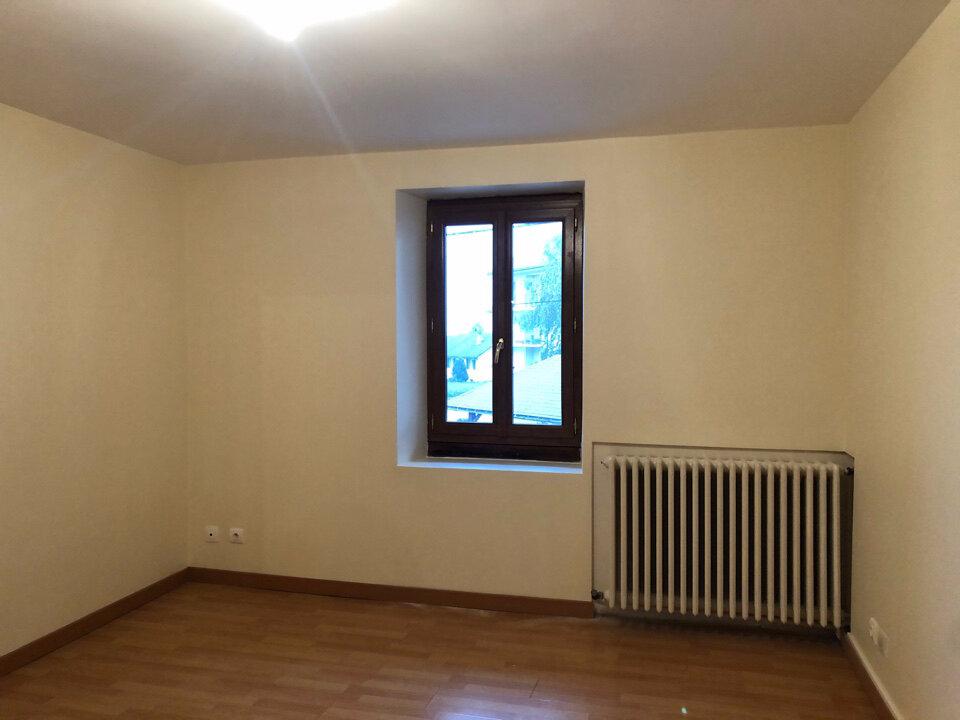 Appartement à louer 3 74m2 à Champdor vignette-5