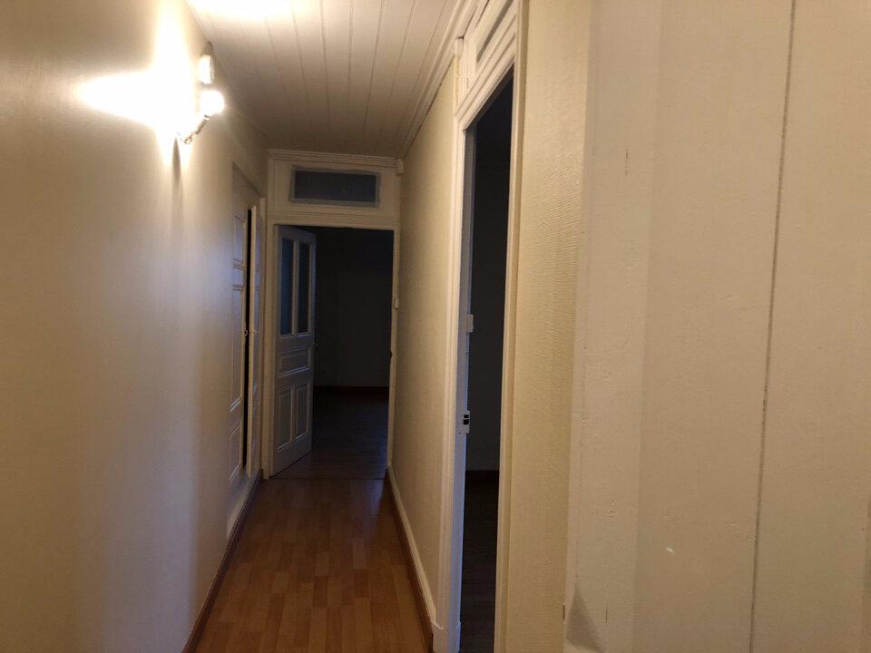 Appartement à louer 3 74m2 à Champdor vignette-7