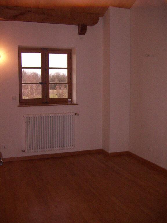 Maison à louer 4 114.25m2 à Saint-Nizier-le-Désert vignette-6