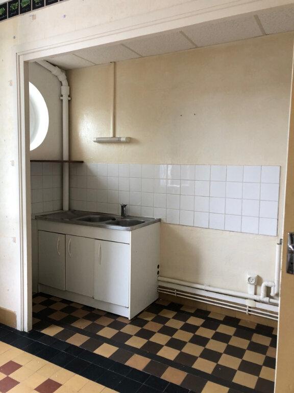 Appartement à louer 1 35m2 à Hauteville-Lompnes vignette-1
