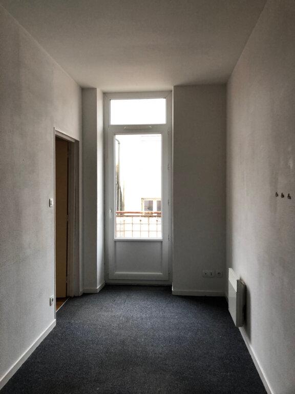 Appartement à louer 3 51m2 à Vonnas vignette-4