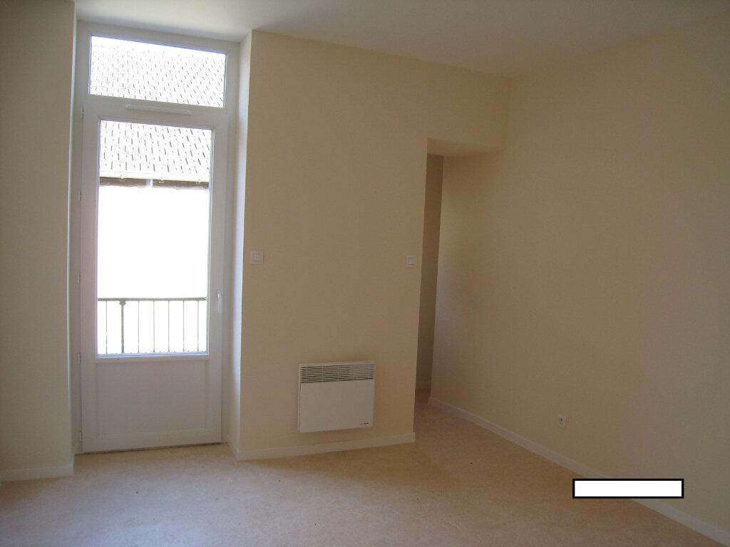 Appartement à louer 3 51m2 à Vonnas vignette-6