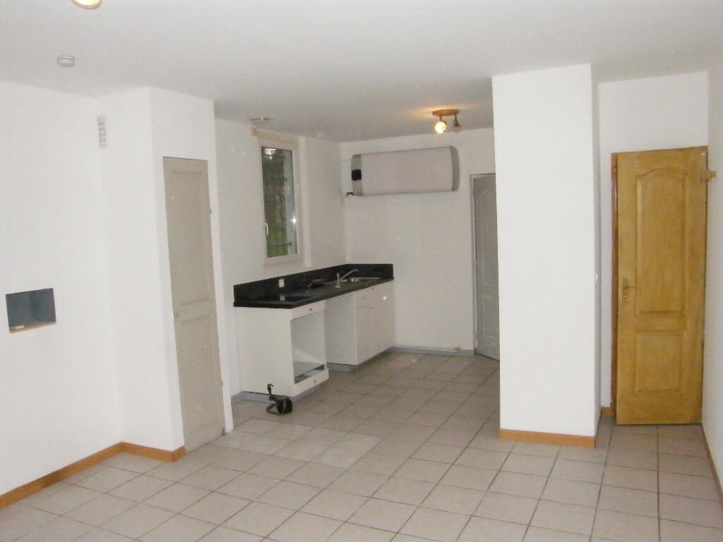 Maison à louer 2 36.11m2 à Roquevaire vignette-2