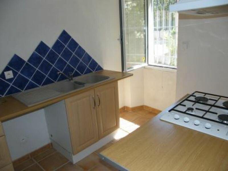 Appartement à louer 1 26.26m2 à Aubagne vignette-2