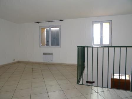 Appartement à louer 4 95.9m2 à Auriol vignette-3