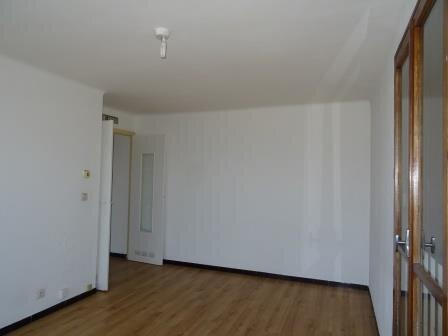Appartement à louer 3 62.02m2 à Aubagne vignette-2