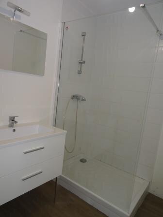 Appartement à louer 3 62.02m2 à Aubagne vignette-8