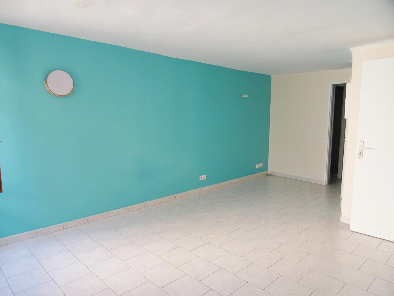 Appartement à louer 1 26.76m2 à Auriol vignette-2