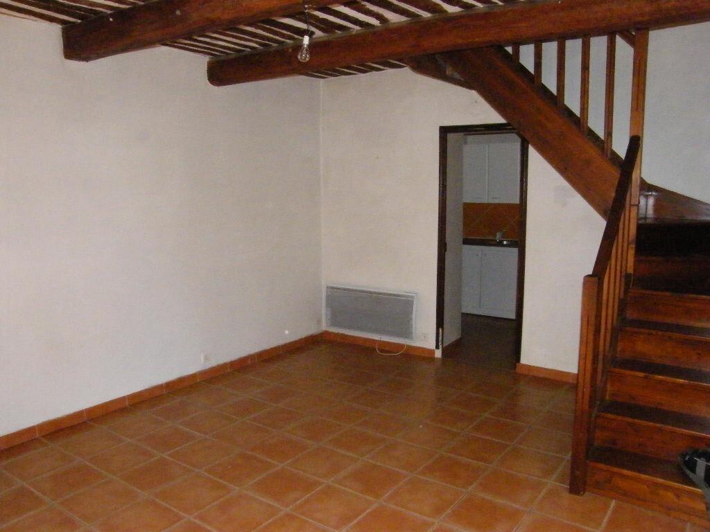 Maison à louer 3 74.11m2 à Roquevaire vignette-3