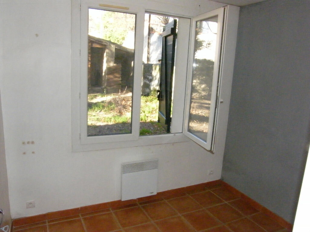 Maison à louer 3 74.11m2 à Roquevaire vignette-6