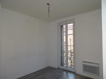Appartement à louer 3 45.51m2 à Roquevaire vignette-5