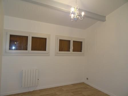 Maison à louer 3 90.59m2 à La Bouilladisse vignette-9