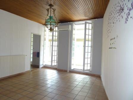 Appartement à louer 3 74.36m2 à Auriol vignette-2