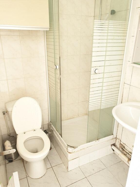 Appartement à louer 2 25m2 à Le Bourget vignette-3