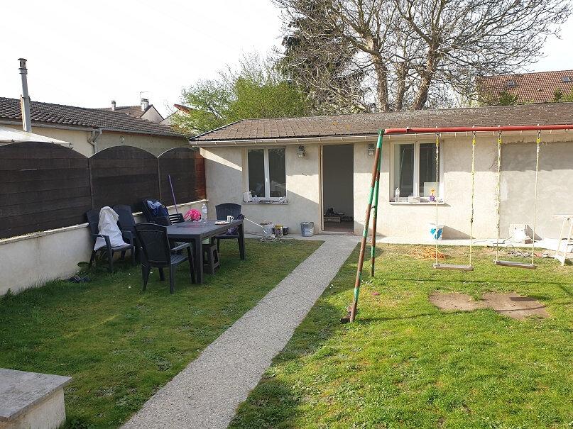 Maison à louer 7 200m2 à Le Blanc-Mesnil vignette-2