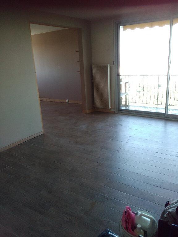 Appartement à louer 4 78m2 à Le Blanc-Mesnil vignette-2