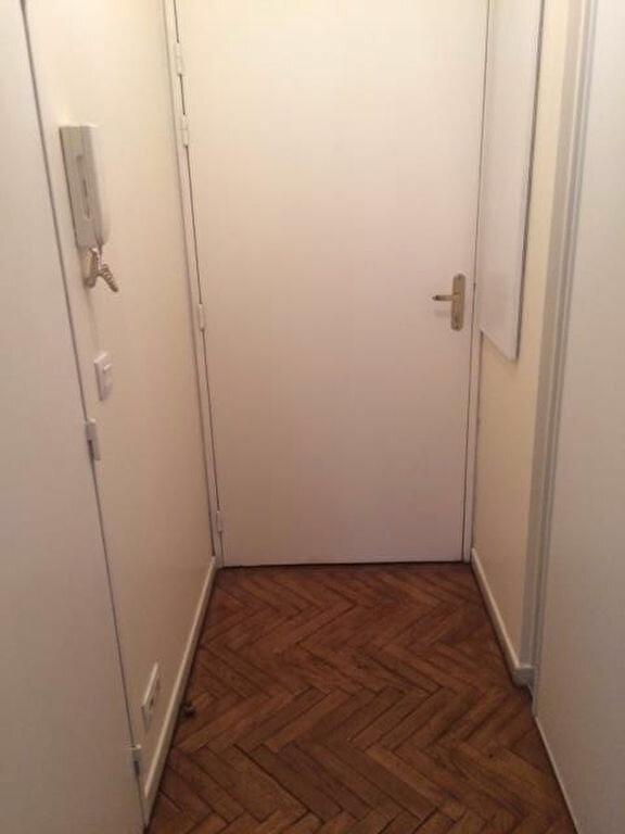 Appartement à louer 1 28m2 à Bagnolet vignette-3