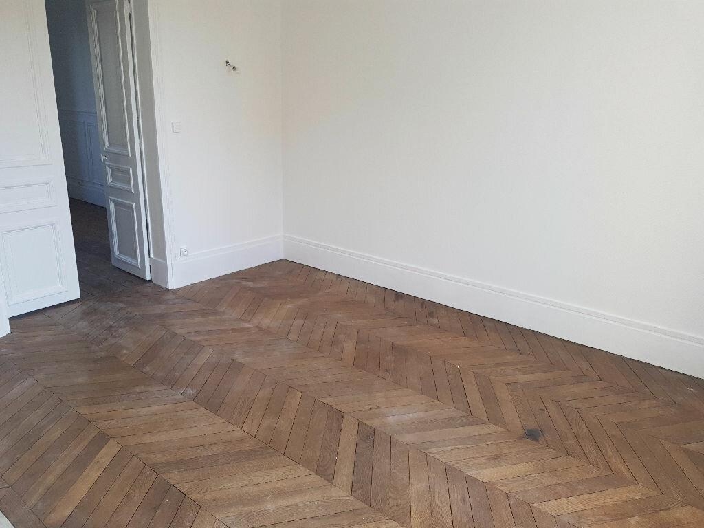 Appartement à louer 3 67m2 à Saint-Denis vignette-2