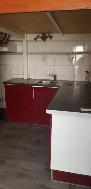 Appartement à louer 1 28m2 à Le Blanc-Mesnil vignette-2
