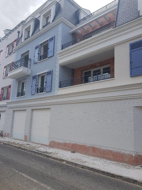 Appartement à louer 2 40m2 à Le Blanc-Mesnil vignette-2