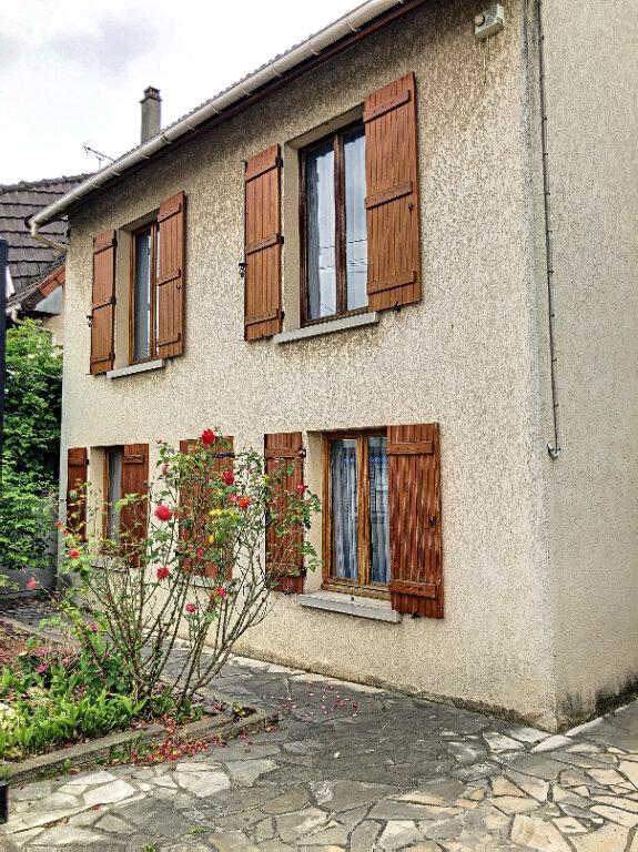 Maison à louer 5 90m2 à Le Blanc-Mesnil vignette-1