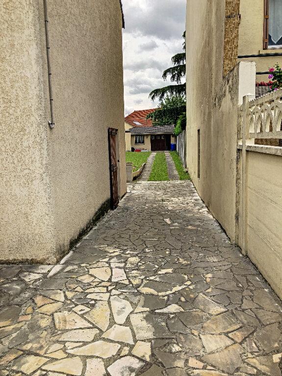Maison à louer 5 90m2 à Le Blanc-Mesnil vignette-2