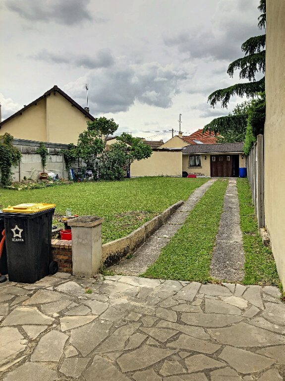 Maison à louer 5 90m2 à Le Blanc-Mesnil vignette-3