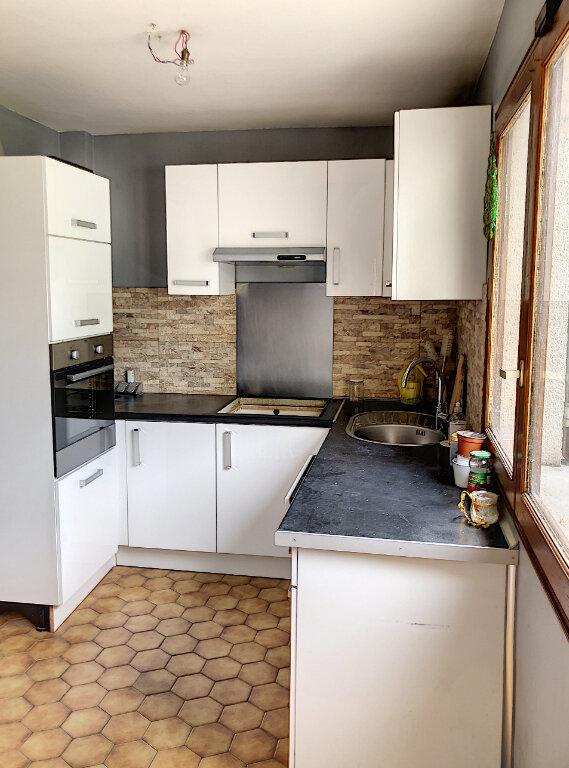 Maison à louer 5 90m2 à Le Blanc-Mesnil vignette-4